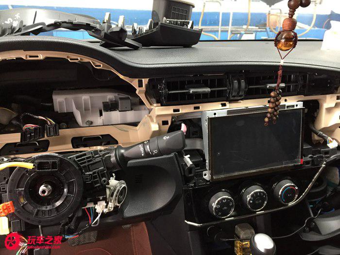 丰田卡罗拉改装多功能方向盘