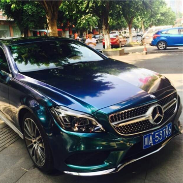 四川奔驰CLS320幻彩蓝绿车身CYS改色贴膜