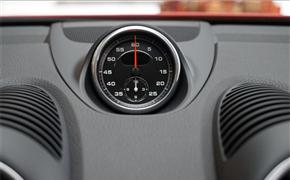 保时捷718加装秒表组件