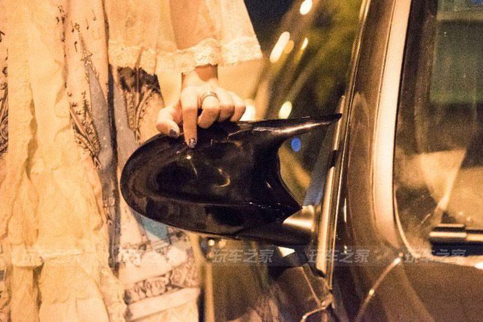 车友的精品宝马E90改装案例,卖车前和漂亮媳妇儿完美留影