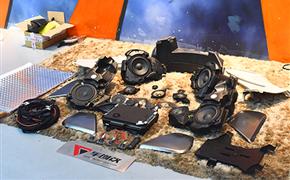 奥迪A6旅行版升级原厂BO音响+胎压监测