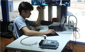奔驰GLC300 2.0T 刷DIM程序 高功率再提升