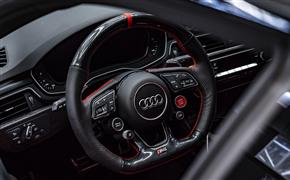 s5方向盘加装原装R8四按键,完美实现启动开关与驾驶模式调节