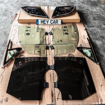大众途锐双层玻璃保护您的隐私、给你一个安静的车内环境!