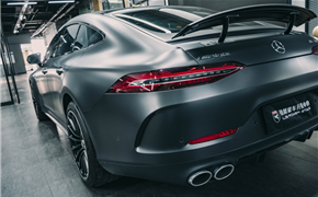 奔驰AMG GT50卡钳改色、亮条贴黑、车窗膜