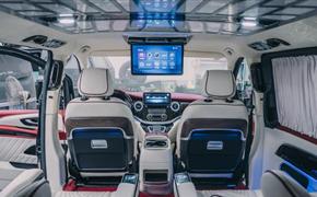 奔驰威霆全车内饰升级、航空座椅