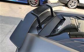兰博基尼飓风小牛EVO改装Novitec碳纤维大尾翼定风翼