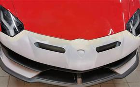 兰博基尼大牛埃文塔多Lp700改装SVJ碳纤维大包围,前杠后杠侧裙尾翼尾盖